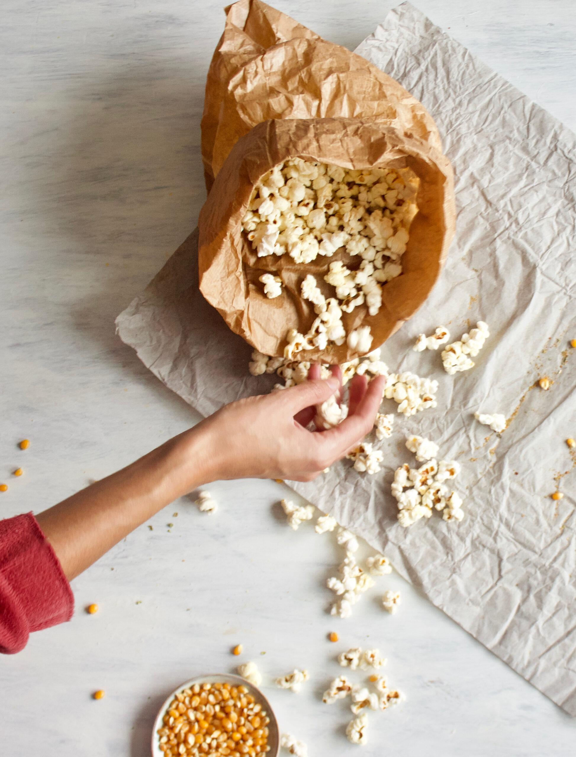 healthy-popcorn-salty-oil free-saudável-pipocas-salgadas-sem óleo-2