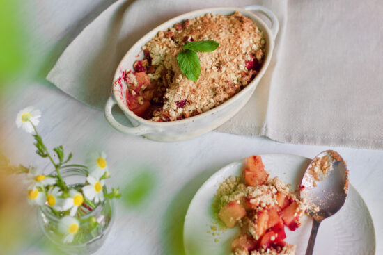healthy-dessert-apple-red berries-crumble-sobremesa-saudável-maçã-frutos vermelhos-1