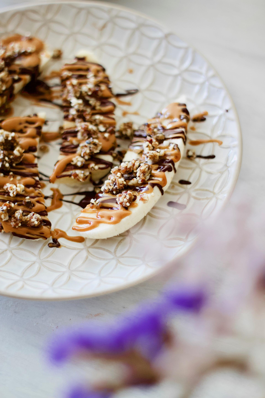 healthy-peanut butter-chocolate-banana-boats-snack-saudável-manteiga de amendoim-lanche-1