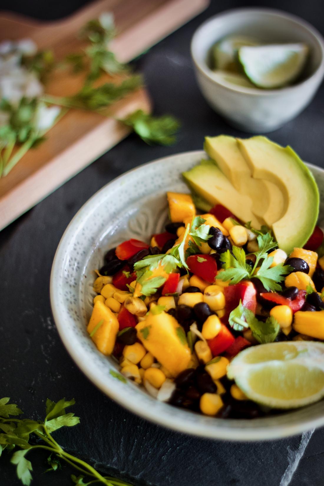 mango-black-bean-salad-salada-mango-milho-feijão-preto-mexicana-1