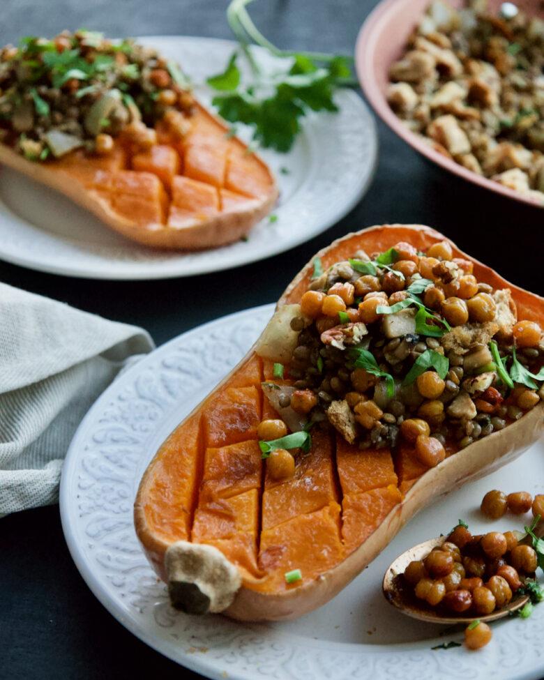 mushroom-lentil-harvest-stuffed-butternut-squash-with-balsamic-teriaky-mushroom-and-lentils-filling-abóbora-recheada-lentilhas-cogumelos-vegan-4