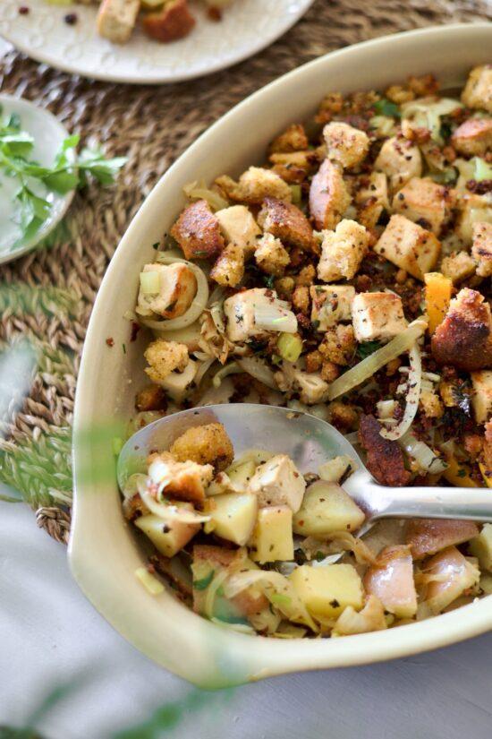 Portuguese-Sautéed-Tofu-Veggies-cornbread-Gomes-de-Sá-style-broa-de-milho - 10